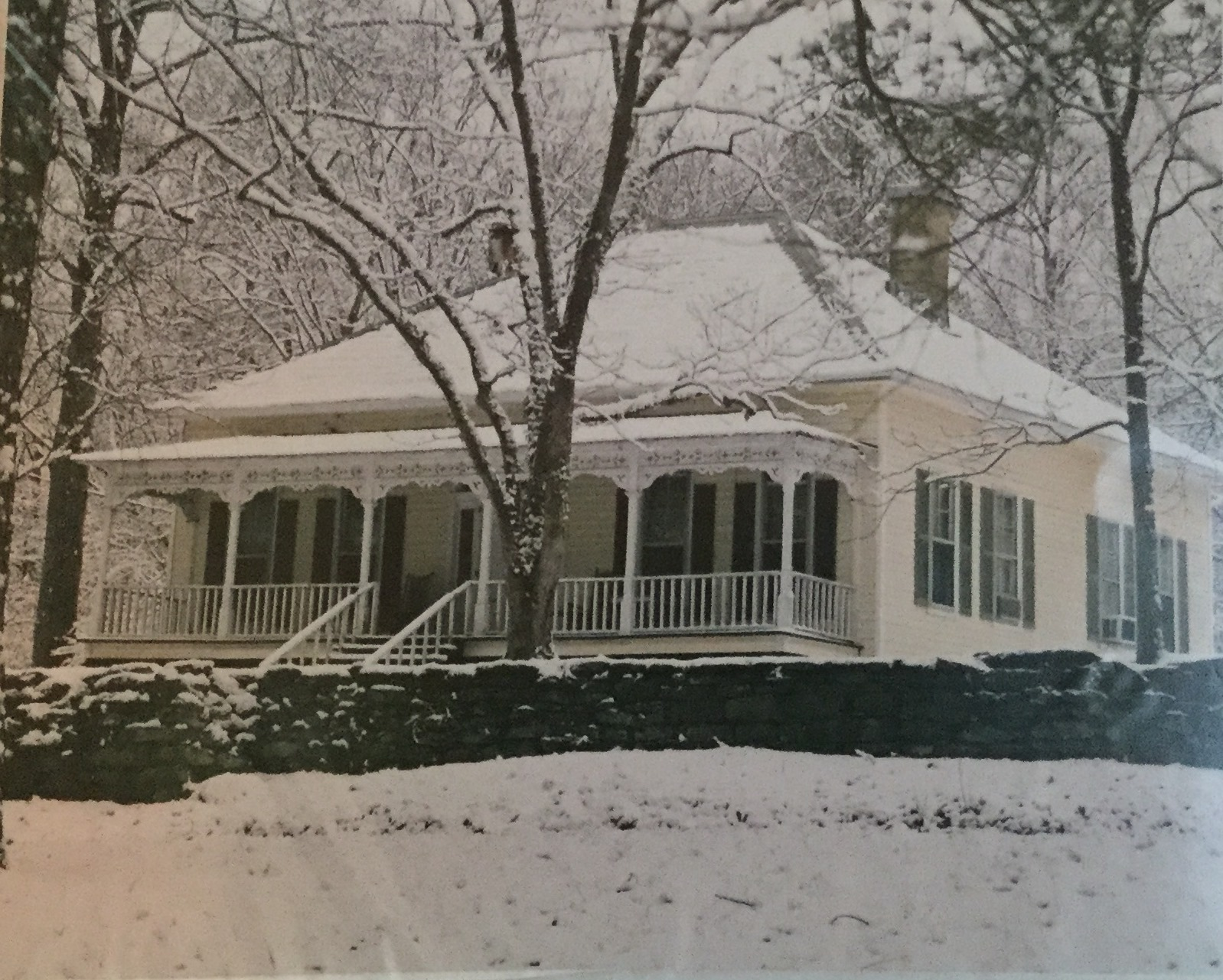 Cowden home, which stands today on the old Byler Road (Old Highway 43)